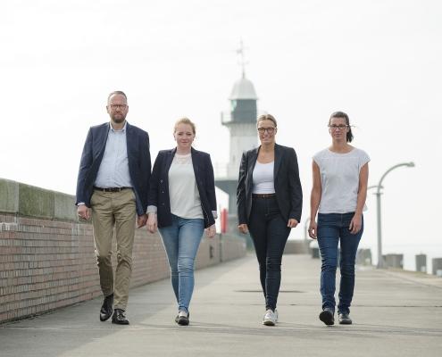Teamfoto Versicherung Brunsbüttel Stefan Hennings Social Mediafoto Businessfoto